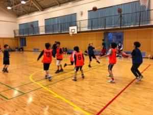 大阪府高槻市のバスケットボール教室TCBA練習風景